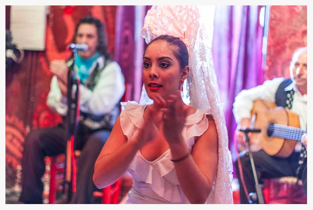 authentic gypsy wedding in First act Flamenco show in Granada